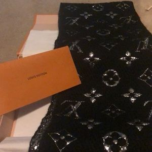 Authentic Brand New Louis Vuitton Scarf